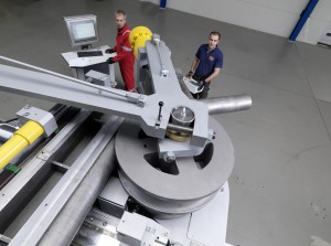 Hervorragend Hydraulikrohr biegen Hydraulikrohre mit 3D CNC WC03